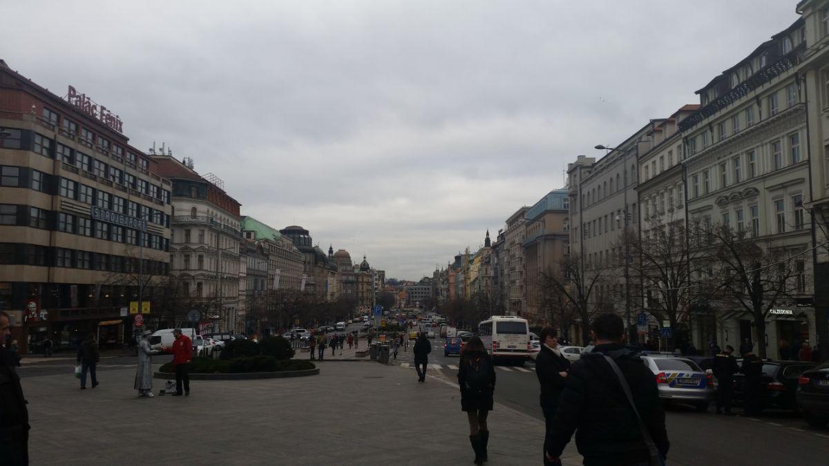 Vaclavske aikštės vaizdas iš Nacionalinio muziejaus pusės