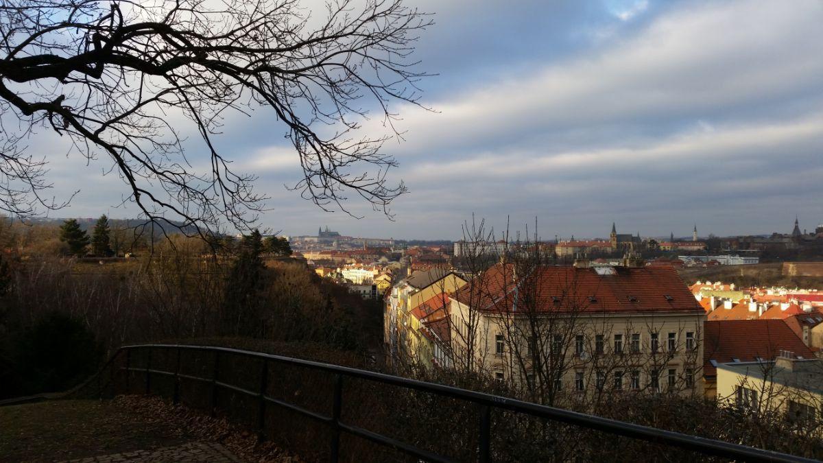 Iš Vyšehrad sodų galima apžiūrėti miestą iš visų pusių