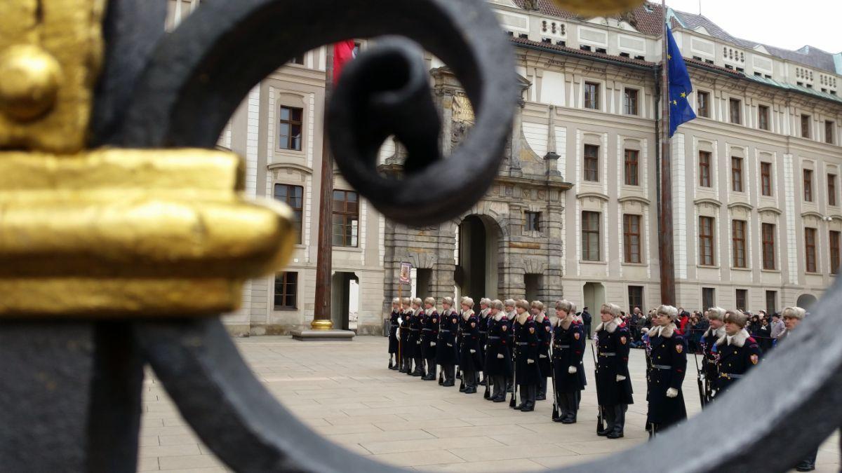 Pilies sargybos keitimosi ceremonija
