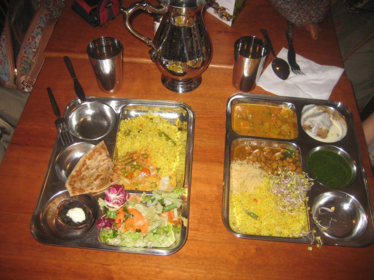 "Restorane ""Dhaba Beas"""