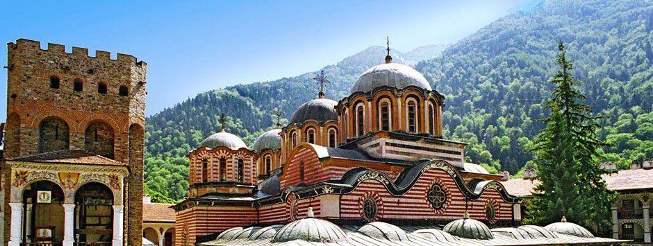 Burgas pagrindinė šventovė – Šv. Kirilo ir Metodijaus katedra