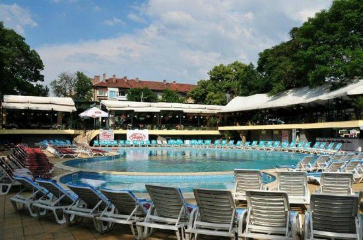 Sofijoje populiarūs baseinai Sofijoje populiarūs baseinai