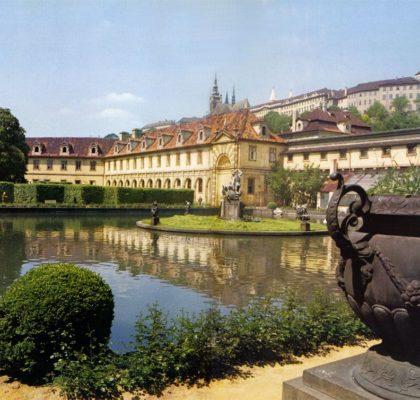 Wallstein rūmų sodas