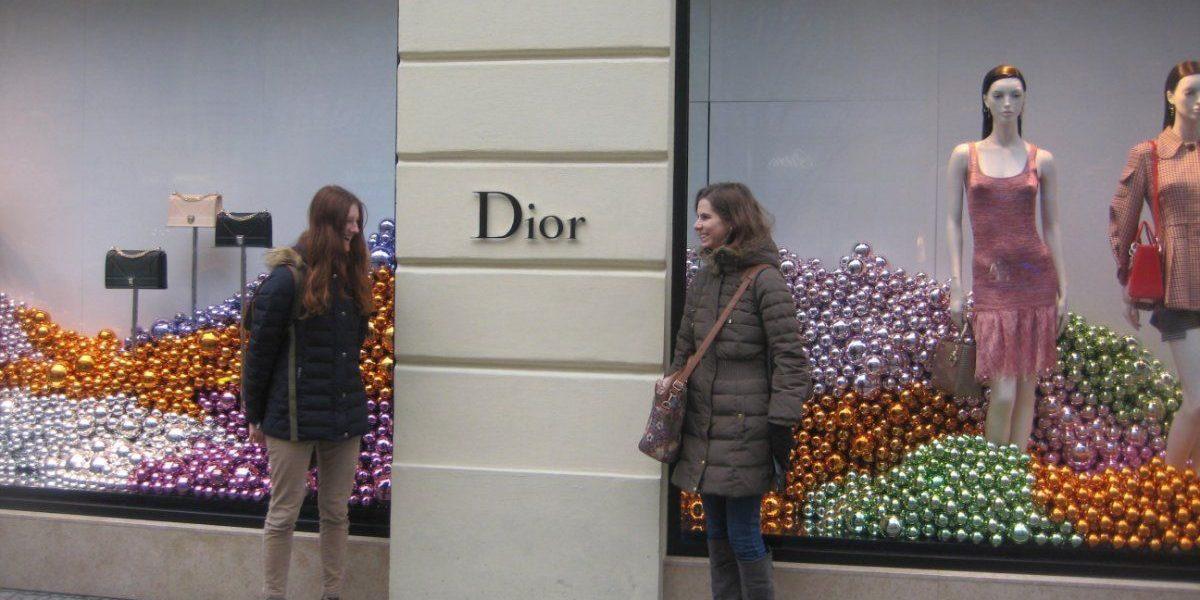 Kalėdinė Prahos vitrinos nepraslydo pro akis!