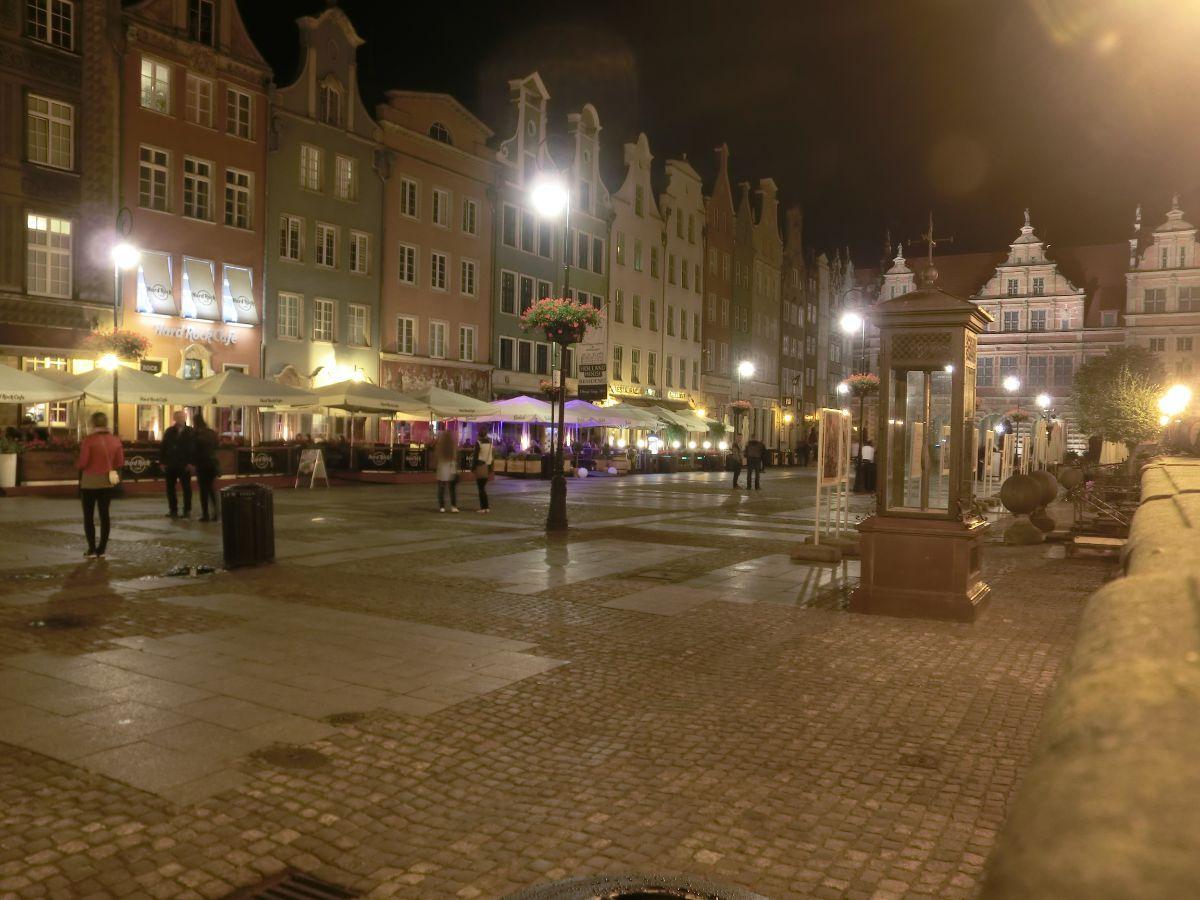 Naktinis Gdanskas po lietaus