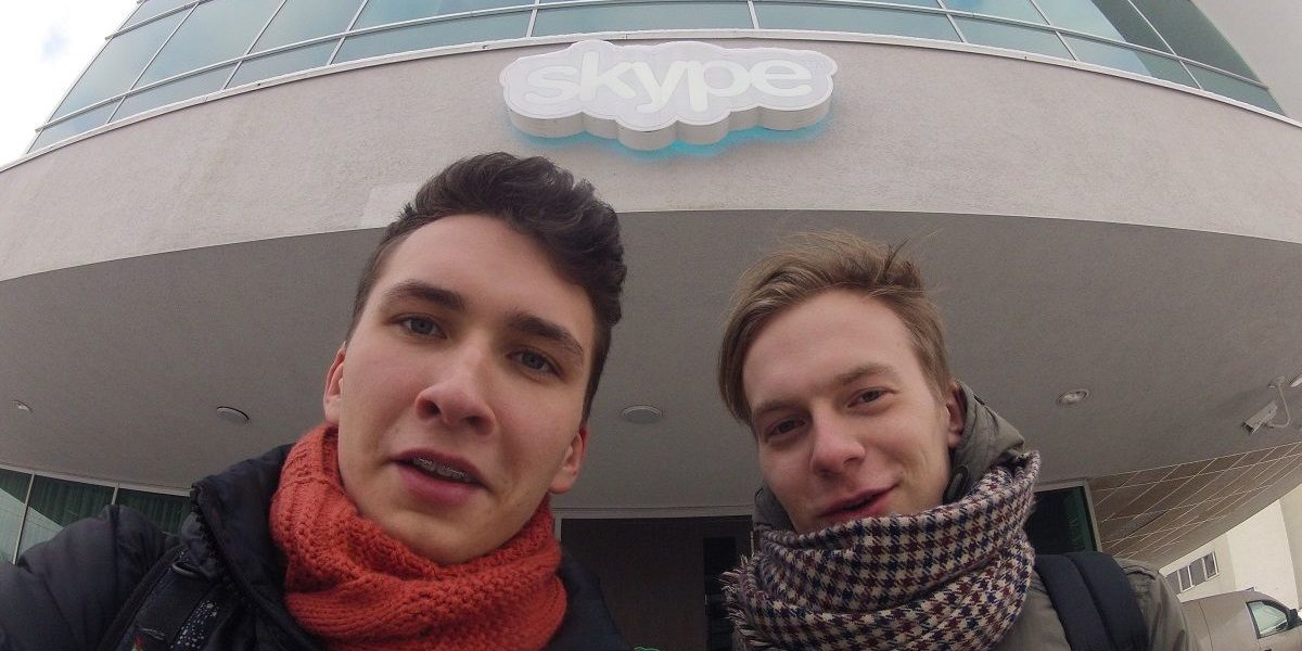 """Tomas ir Džeris. Spėjom įsiamžinti prie """"Skype"""" būstinės"""