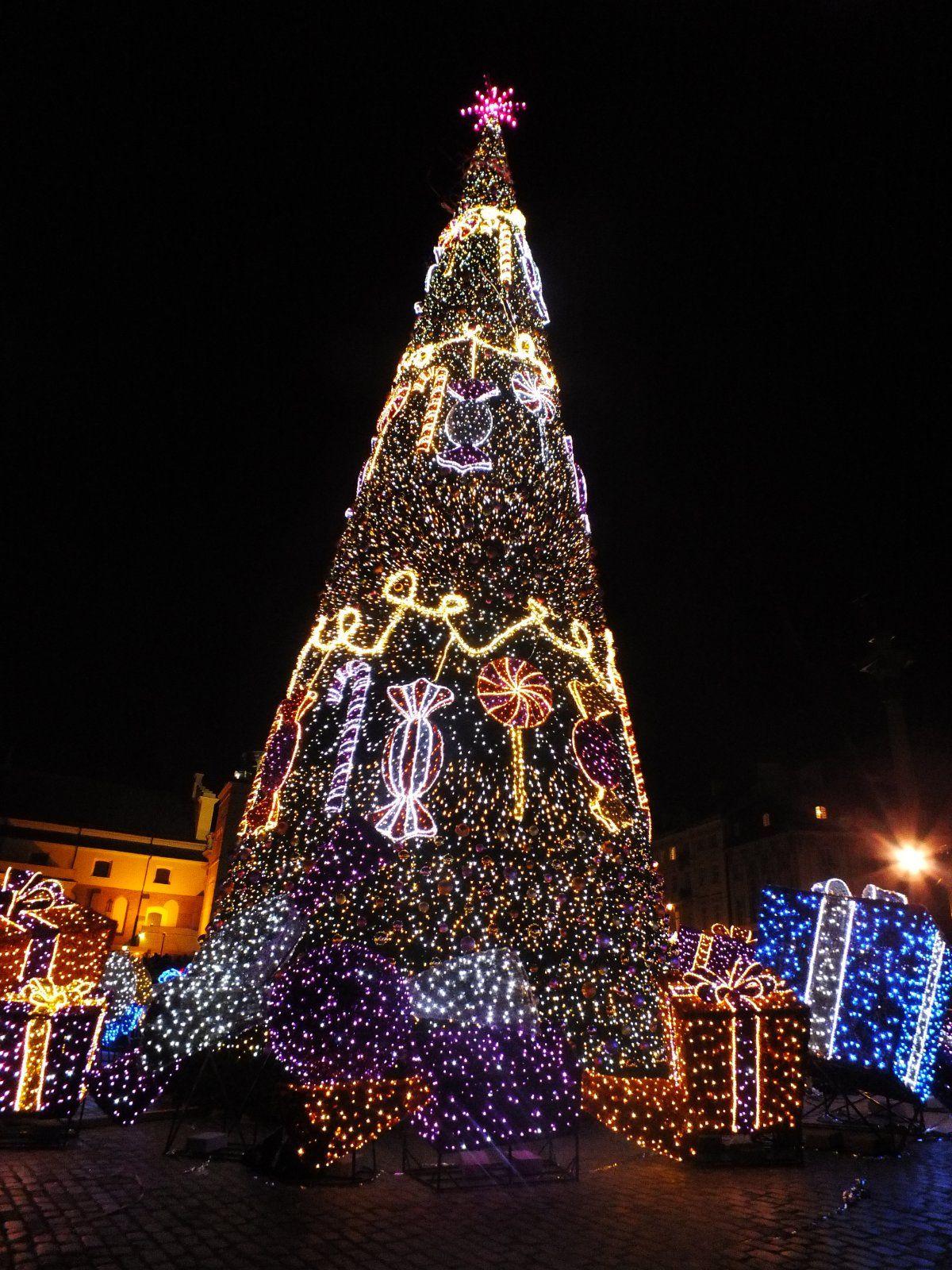Kalėdinė Varšuvos eglutė