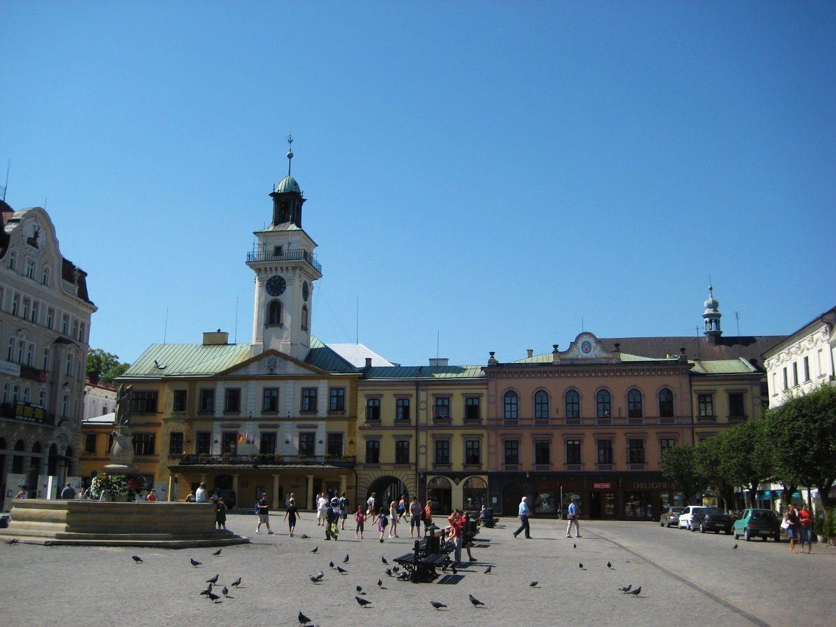 Centrinė Wisla miestelio aikštė bei gatvė, kiek primenanti Druskininkus :)